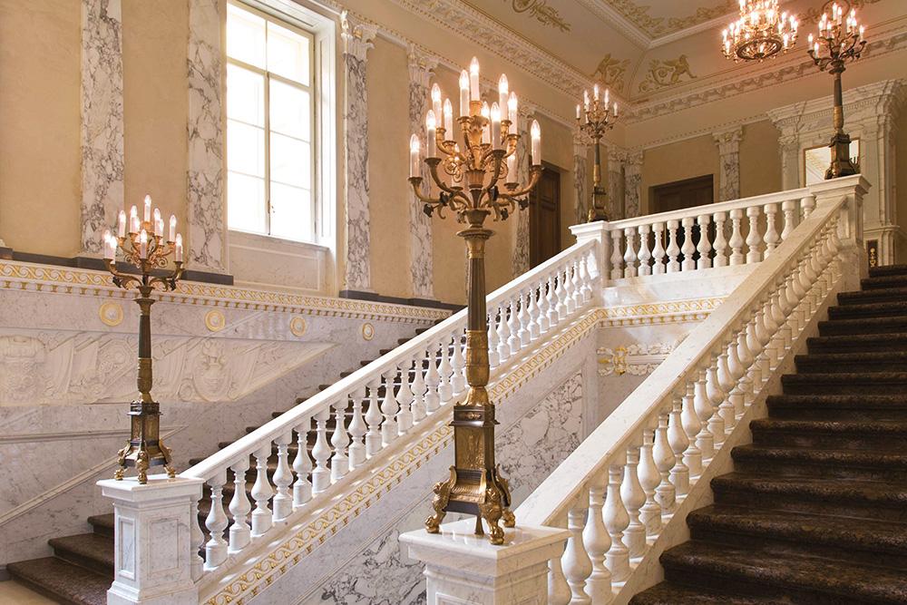 Suite - four seasons lion palace